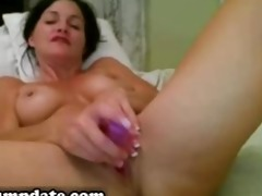 slutty mother i toying her cunt on livecam