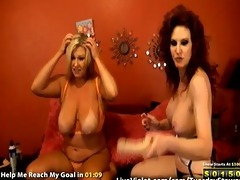 sexy older lesbo doing gold show