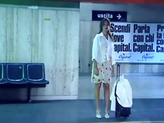 italian metro exhibitionist