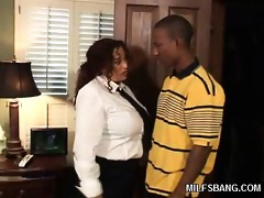 milf milan summer receives dicked