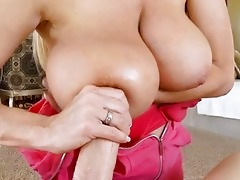 teasing blond d like to fuck with giant scones