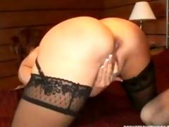 hot vanessa receives sexy cougar fuck