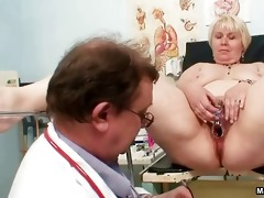 aged mommy cum-hole inspections part10