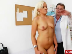fantastic blond-haired acquires a mellow gyno