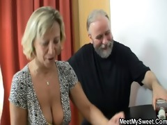 her bf sleeps and she is tries sex with his