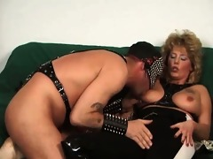 wicked blond mature floozy with great body and