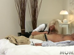 mama blonde breasty d like to fuck has multiple