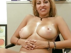 pleasant d like to fuck gives wet orall-service