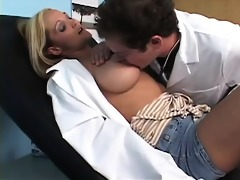 ari-areolis affects honeys with big breasts.