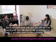 femaleagent. a spark of lesbo wish