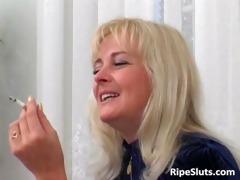 lascivious older blond sucks on hard shlong