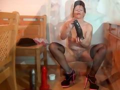 hot maid petra 7