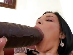 tanned brunette hair momma masturbating with