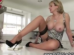 lustful aged nylons lady sonia