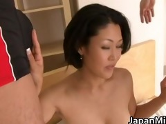 ayaka nasty japanese mother widens her part4