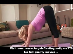 blond d like to fuck does yoga and oral-sex for
