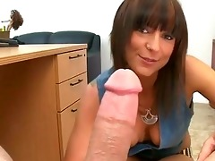 mature chick gives wild oral job sex