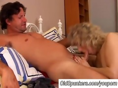 sexy cougar likes to fuck a younger lad