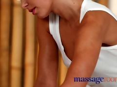 massage rooms breasty dilettante acquires her