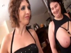 regina and her friends drilled in a restaurant