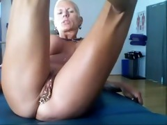 bysty milf heather with 11 piercing rings in her