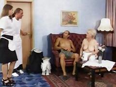 aged - german stylish grannies im auto vernascht