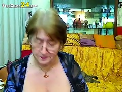 effortless red josefina in milfs do ter