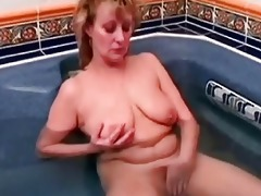 granny mature playgirl getting her snatch didlo