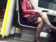 candid hot crossed legs 2. hot mature! (+slow