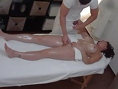 busty d like to fuck receives screwed during