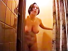 mamma is taking a shower