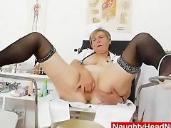 mommy masturbation with a pussy-expander in