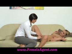 femaleagent fingers and toys