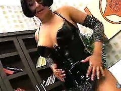 breasty latin babe d like to fuck tease