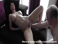 sexy dark brown fist screwed in her loose fur pie