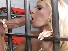 golden-haired mother i fuck a hard dick in jail