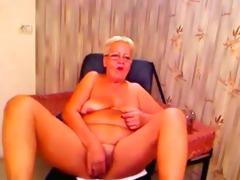 italian granny show your butt - negrofloripa