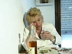 103nne arrapata si tromba nipote!