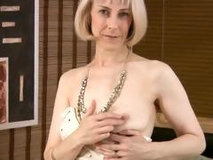 shaggy aged masturbation with beads