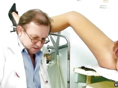 doctor inserts a speculum part5