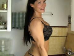 hawt mamma fucking a kitchen counter