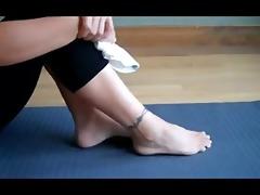 sinfule soles - yoga footjob