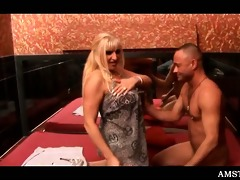 blond hooker toying love tunnel for lustful