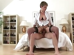 check breasty older brit receive a cumshot