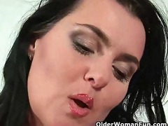 sultry mother i with large tits bonks herself