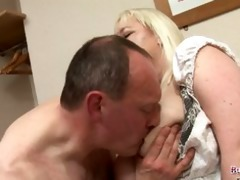 mature jo juggs receives large milk sacks and
