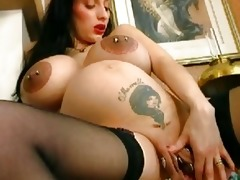 way-out preggo d like to fuck widens her