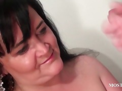 naughty cougar blows weenie in close-up