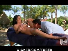 large tit milf alektra blue acquires massage and