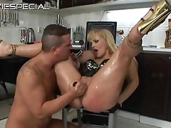 aged d like to fuck receives rectal hole drilled